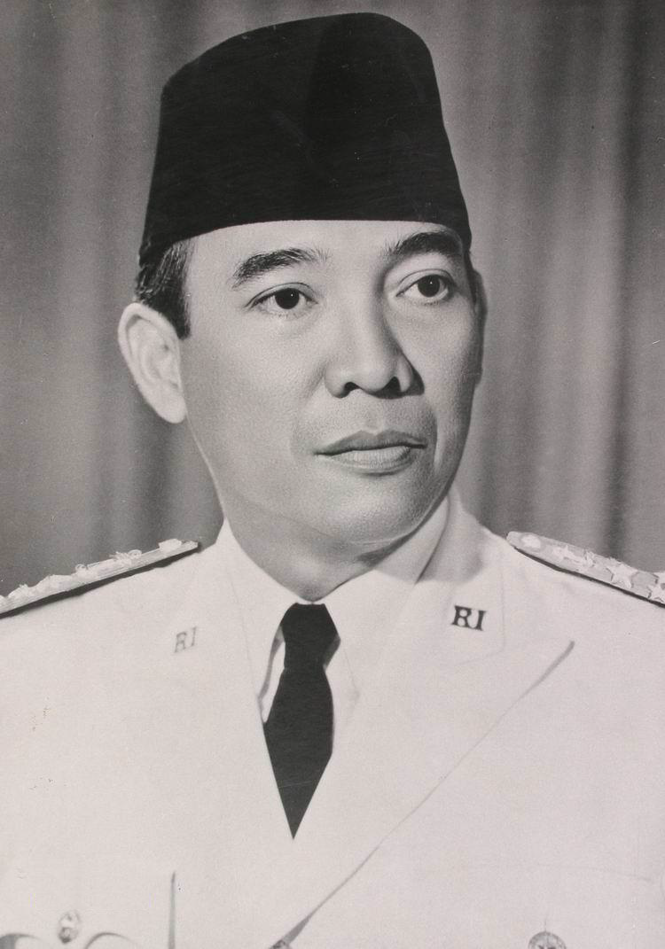 http://lomboqislands.files.wordpress.com/2011/11/presiden_sukarno.png